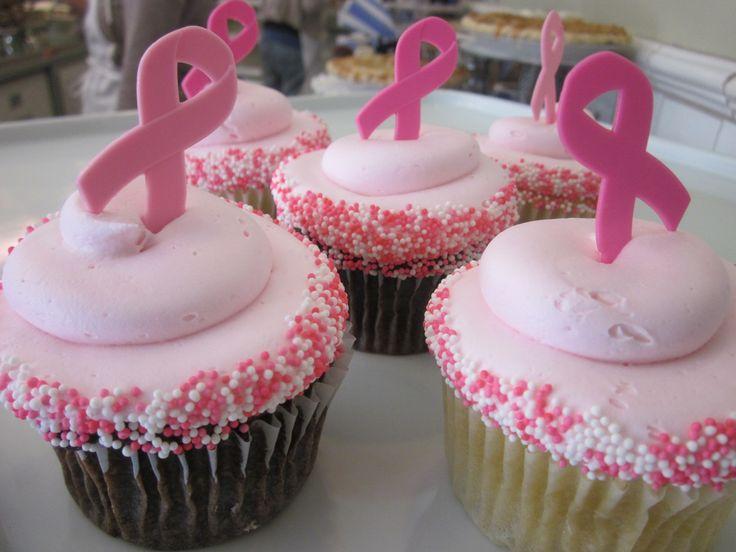 Breast Cancer Awareness cupcakes #icingonthecakelosgatos