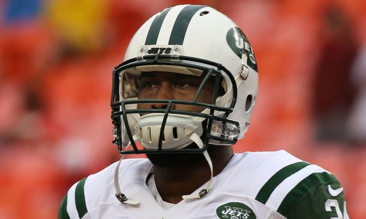 Jets' corner Darrelle Revis out of practice with injured ankle = The New York Jets did not have CB Darrelle Revis in practice today. According to head coach Todd Bowles, he hurt his ankle. Bowles said there wasn't very much concern over the long-term impact of the injury, so they.....