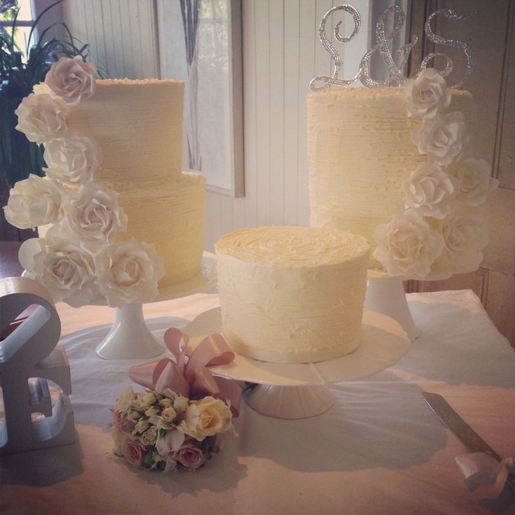 Wedding cake(s)