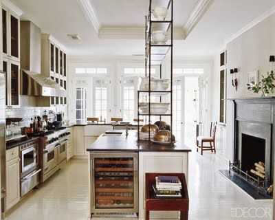 Kitchen Cabinets to the Ceiling — http://carlaaston.com/designinthewo/2011/06/kitchen-cabinets-to-ceiling.html# / Daryl Carter