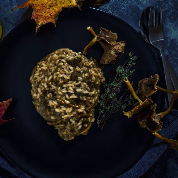 http://ift.tt/2gO3a9b kaamokseen kuuluu lämpöiset risotot   Tässäpä siis vegaaninen suppis risotto josta ei ainakaan makua puutu