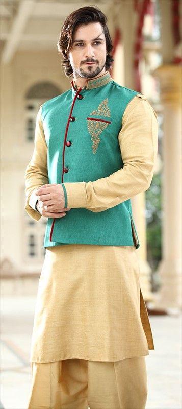 13272: For a day-light function. #KurtaPyjama #Menswear #Indianwear