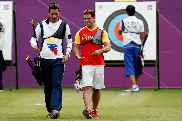 Colombiano Daniel Pineda se despide de Londres.