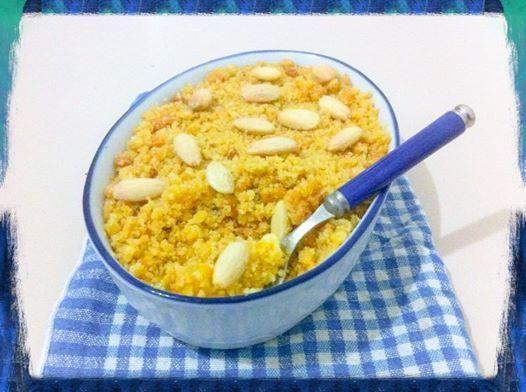 Recipe here:    http://sweetsrecipesfromtheworld.blogspot.it/2014/05/fantasy-crumble-with-vanilla-custard.html