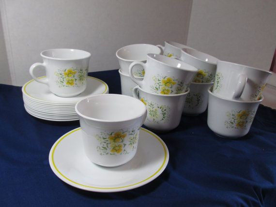 Corelle Ware dinnerware yellow April flowers cups and saucers set of 12
