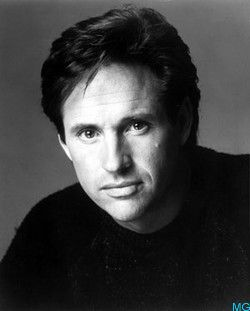 robert hays sharknado 2