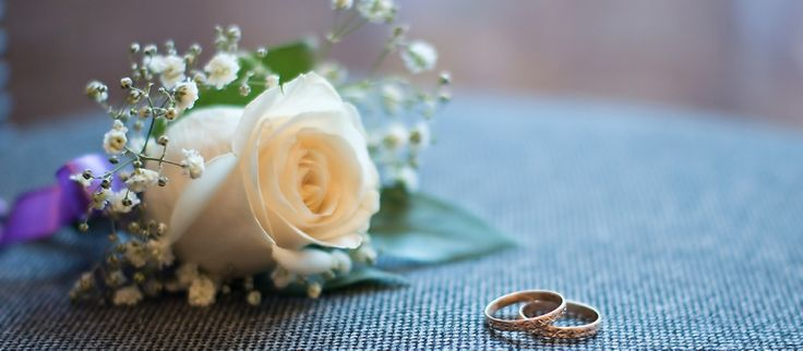 Weddings by Anne specialises in providing brides in Perth with elegant, beautiful and affordable Weddings Flowers.