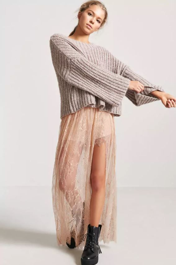 Dusty pink Stevie Nicks inspired lace skort from Forever 21.
