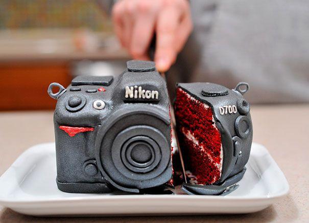 gateaux insolites appareil photo nikkon   Gâteaux insolites   serpent poulpe photo panda nikkon James Bond image gâteau femme dinde cochon cake bébé âge de glace