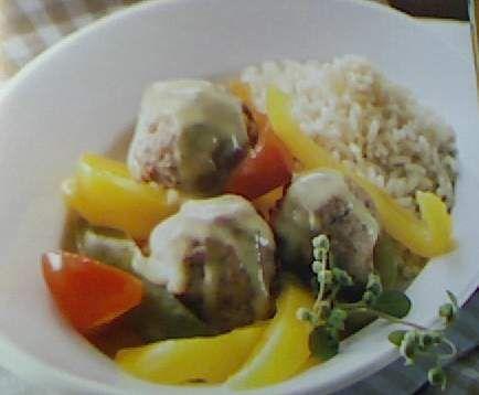 Rezept Hackbällchen mit Reis, Paprika und Currysauce von Oliver01 - Rezept der Kategorie Hauptgerichte mit Fleisch
