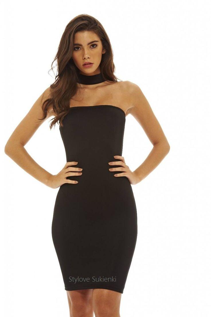 Dostępne różne rozmiary – mała czarna w kobiecym wydaniu – niezwykle oryginalna sukienka z ciekawym dekoltem z efektowną stójka – ramiona pięknie są wyeksponowane – model niespotykany i bardzo ciekawy, sukienka niepowtarzalna i unikatowa – mała czarna to idealne rozwiązanie na wszelkie szalone imprezy – każda kobieta powinna mieć klasyczną sukienkę, która pasuje na wszelkiego