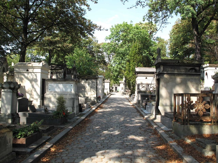 Pere Lachaise cemetery, Paris. Mandy Hager photo.