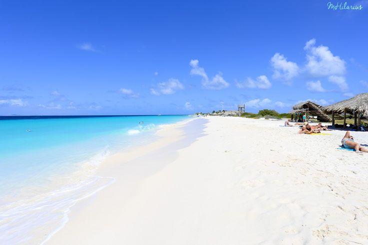Klein Curacao is zeker een bezoek waard! Met een boot of Catamaran naar dit fantastisch mooie eiland en gegarandeerd dat je hier zeeschildpadden kunt vinden!