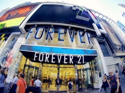 """7 Best Stores for Teens"" Remember this for summer clothes!!"