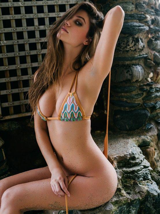 Erotica Swimsuit Elizabeth Elam  naked (56 images), YouTube, legs