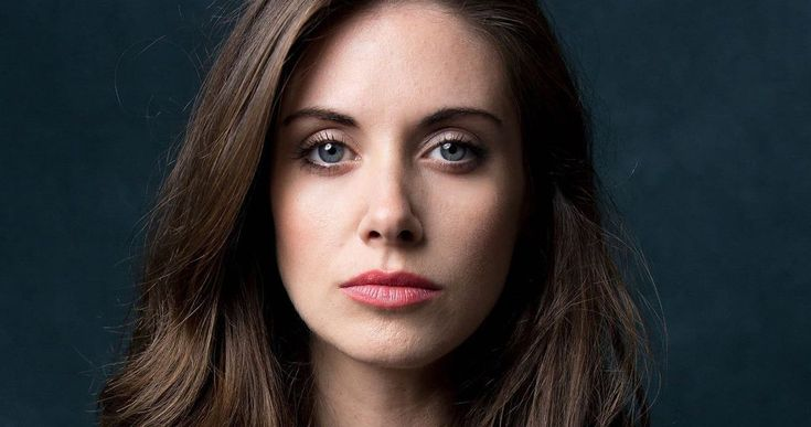 Alison Brie Responds to Harassment Claims Against Brother-In-Law James Franco -- At the annual SAG Awards, Alison Brie, who's married to Dave Franco, responded to the sexual misconduct allegations made against her brother-in-law James Franco. -- http://movieweb.com/alison-brie-response-james-franco-sexual-misconduct-allegations/