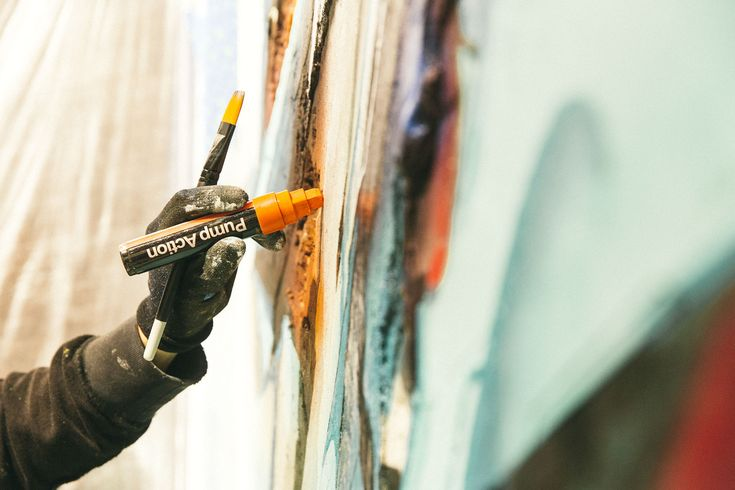 Ironlak Pump Action Paint Marker. DOES 'Brick in the Wall' at Ironlak Art & Design Chermside – video — Ironlak