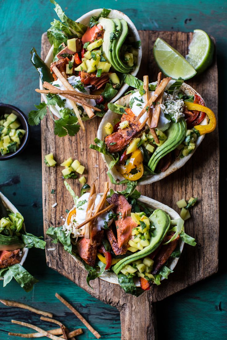 Salmon Fajita Salad Boats - a super easy, fun and delicious meal that can be made in about 30 minutes! From halfbakedharvest.com