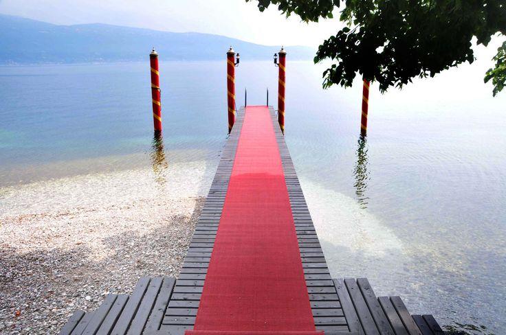 The pier at Villa Feltrinelli. #lake #garda #villafeltrinelli #grandhotel #pier #relax