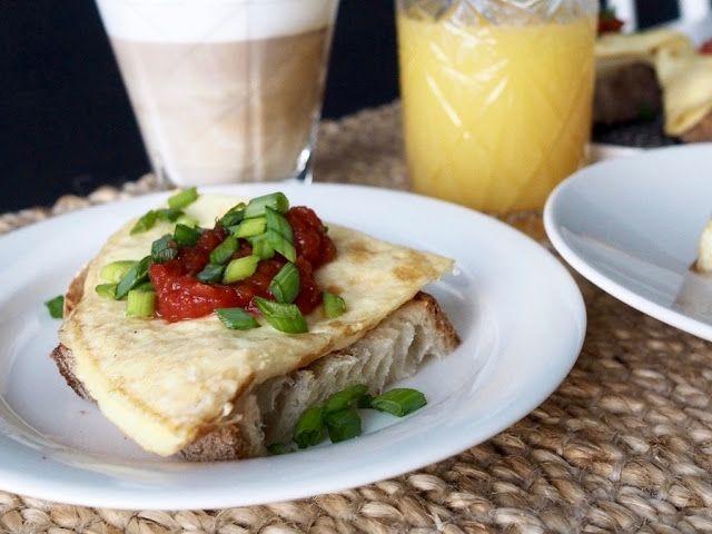 Munakasleipä / Scrambled Eggs Sandwich by Makuja kotoa