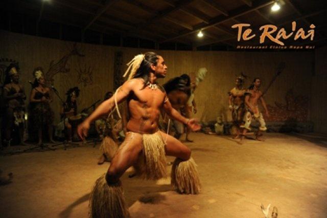 Folclore Isla de Pascua - Easter Island - Chile