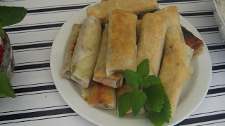 d'Sumateran Indonesian Food Recipe: Lumpia Daging (Beef spring roll)