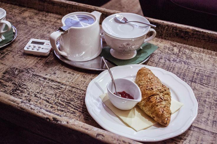 stylishwhiterabbit: RANNÍ LA BOHÈME CAFÉ