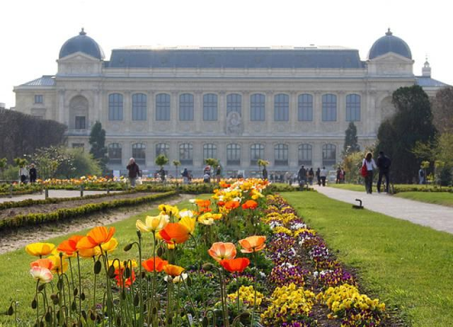 In Pictures and Profiles: 10 Truly Elegant Parisian Gardens: Jardin des Plantes: A Great Educational Experience for Kids and Adults