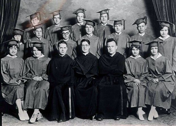 St. Matthew Catholic School class of 1928 is shown in this Flint Journal file photo.