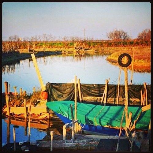 Che solcando si va questo mare tristo / Con iscommessa barca e fragil remo #Semprecaromifu @Futura Festival Civitanova Marche #Scritturebrevi @fchiusaroli —- In barena a Lio Piccolo