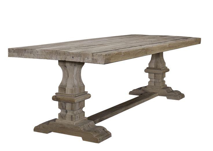 Mooi robuste oud houten tafel, oud eiken, verkrijgbaar bij C&S interieurs. www.censinterieurs.nl vanaf 1150 euro.