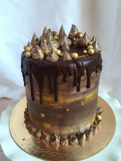 The Perfect Bite Bake Shoppe : Gilded Gold Fantasy Cake