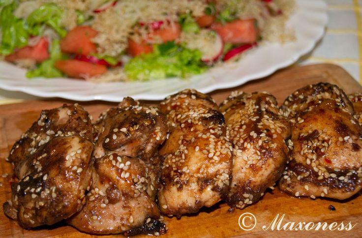 Курица в пряной глазури и салат из арбуза с редиской и хрустящей лапшой от Джейми Оливера