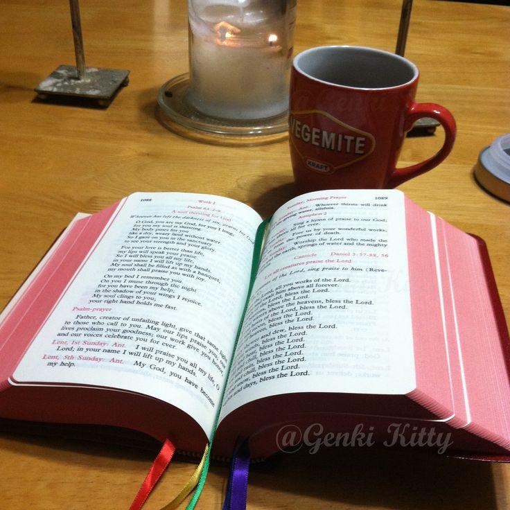 Reading devotionals for Easter