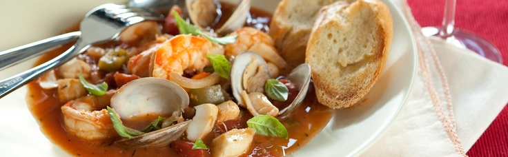 Holiday Cioppino by wholefoodmarkets: A simplified version! #Cioppino #Seafood