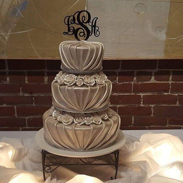 our amazing wedding cake thanks to beaverton bakery my