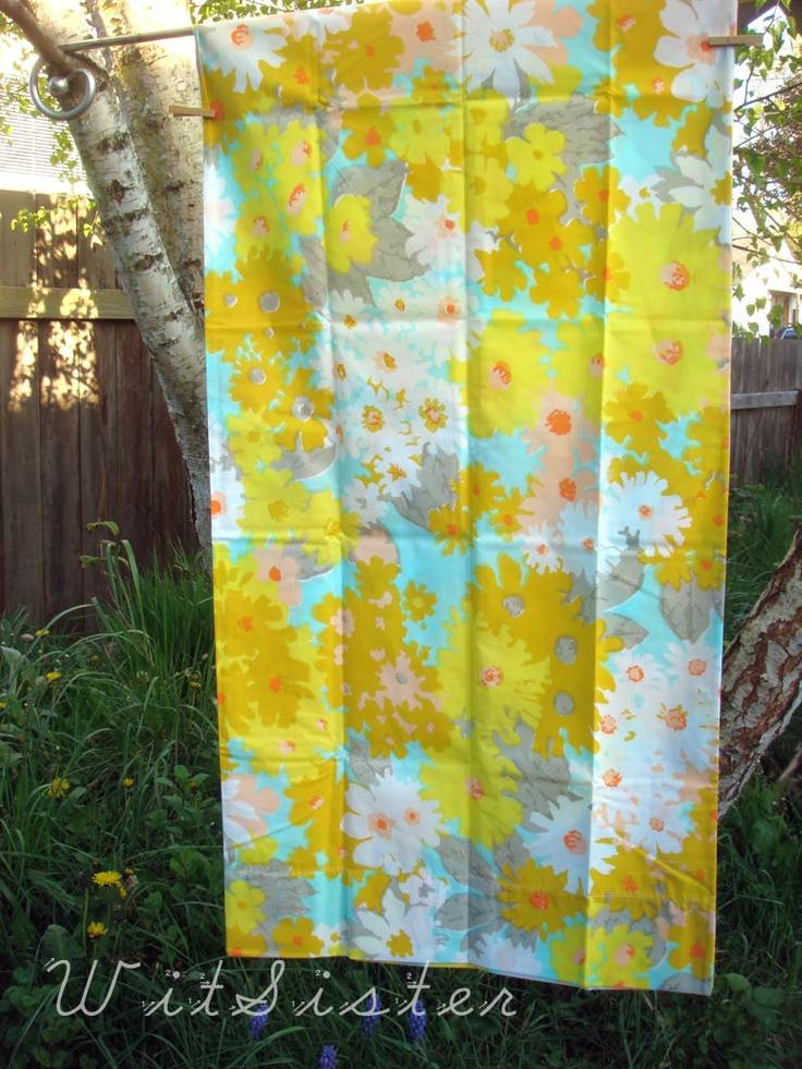 turquoise yellow n grey vintage 70s daisy king pillowcase pair new retro fabric bed linens
