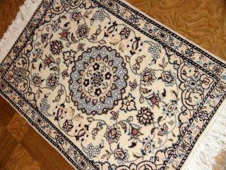オリエンタルラグマットのペルシャじゅうたん58055、白い色のじゅうたんペルシャ