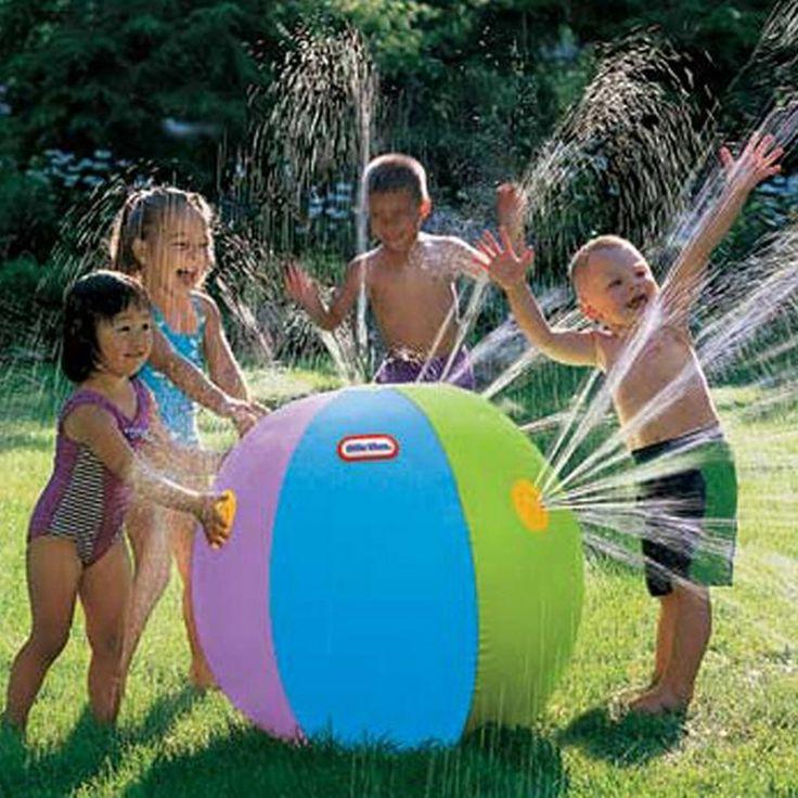 新しい75センチインフレータブルスプレー水ボール子供の夏の屋外水泳ビーチプール遊びを芝生ボール演奏スマッシュそれのおもちゃ
