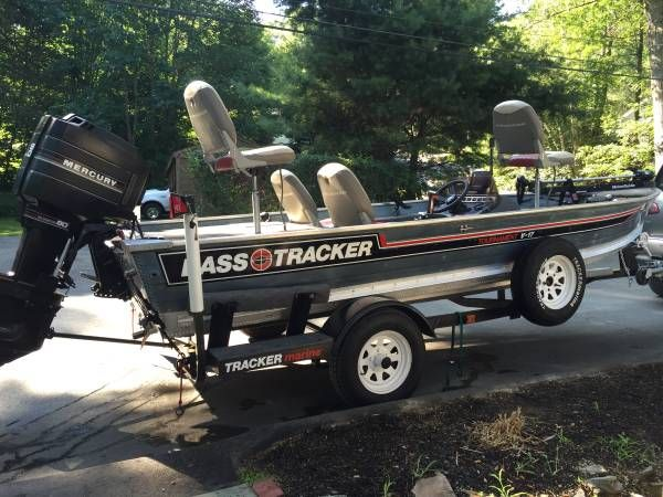 3500 17 39 bass tracker tournament v17 1987 aluminum Aluminum boat and motor packages