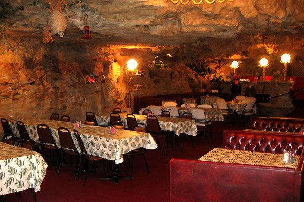 America's Weirdest Restaurants: The Cave (Richland, MO) My dad took us there a long time ago,it was really a nice place with good food something you don't see everyday... must go back sometime.