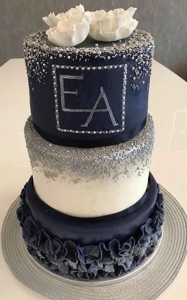 Hochzeitstorte / wedding cake/ fondant/ elegant/ dunkle Torte