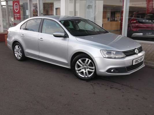 Used 2012 (12 reg) Silver Volkswagen Jetta 1.6 TDI CR Bluemotion Tech Sport 4dr for sale on RAC Cars