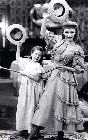 """Margaret O'Brien (left, with Judy Garland in """"Meet Me in St. Louis"""")"""
