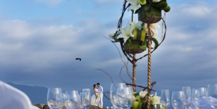 Let us create your dream wedding at Velas Vallarta Suite Resort & Convention Center!