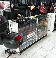 Resultado de imagem de fachada de loja de moto   – Loja