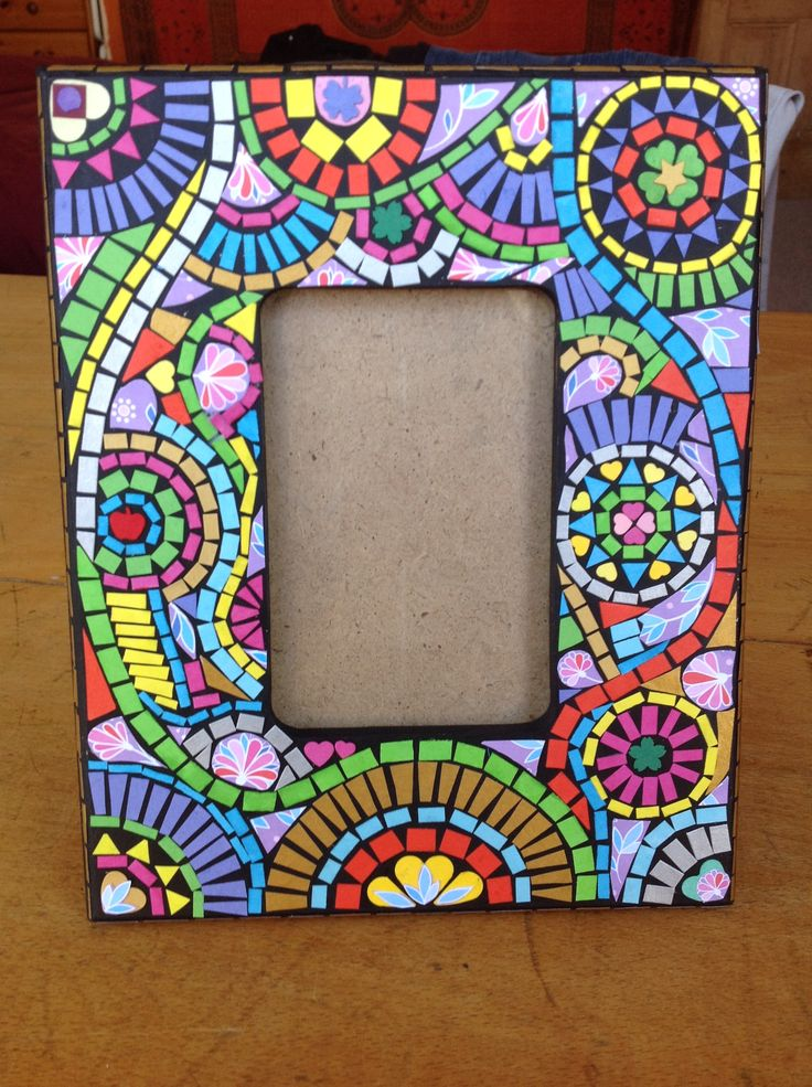 Paper mosaic photo frame