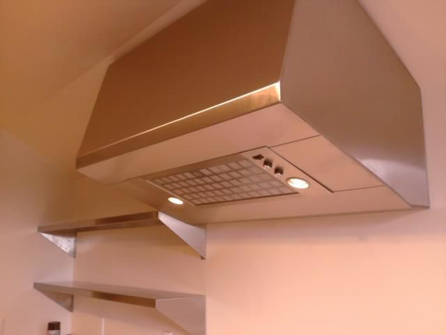 Residential Hood With Stainless Steel Shelving