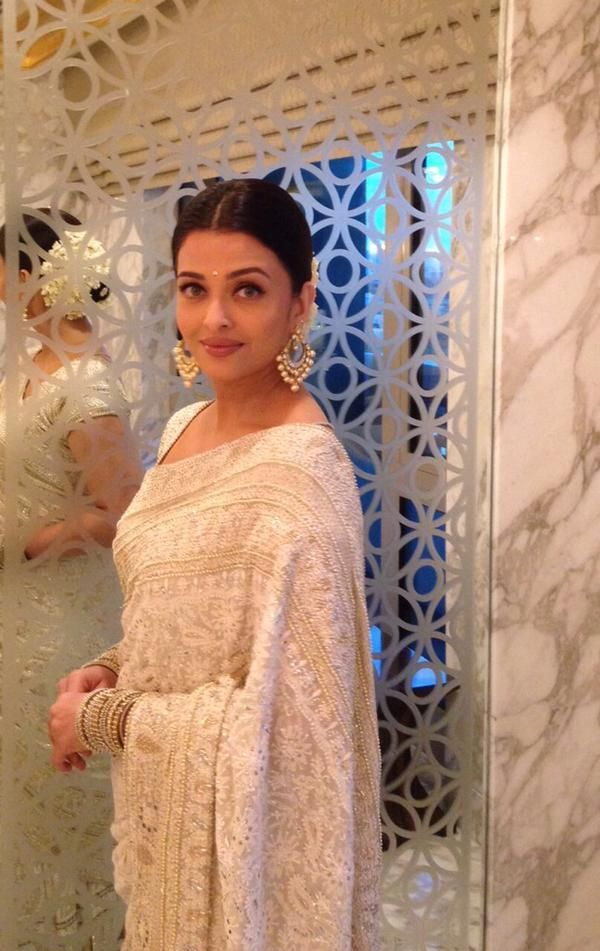 #Aishwarya #Rai #Bachchan. With passing days, and motherhood too, the lady is simply glowing and looking #New #sarees www.yourfashionhub.com