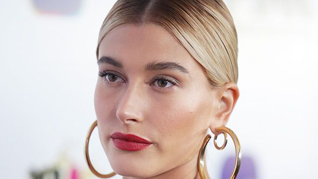 The 10 Minute Mask You Can Do At Home That Hailey Baldwin Loves For Glowing Skin https://tmbw.news/the-10-minute-mask-you-can-do-at-home-that-hailey-baldwin-loves-for-glowing-skin  We all want glowing, sexy skin, especially in the summer. Hailey Baldwin hit the red carpet on July 26 and showed off her flawless face. Her makeup artist is sharing her skincare secrets with us below!Hailey Baldwin, 20, was gorgeous and glowing at the iGO.Live launch party in Los Angeles on July 26. She rocked a…